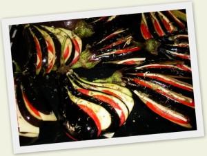 баклажаны с помидорами и сыром в духовке
