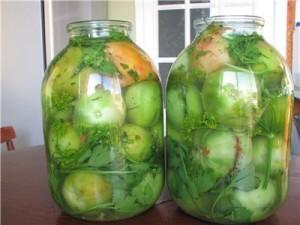 зеленые помидоры в бутыльке на зиму