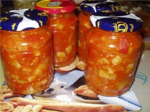 kabachkovo-tomatnyj-zimnij-salat_7864