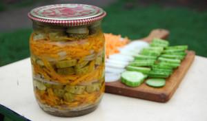 Salat-s-ogurtsami3