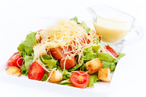 salat-cezar-s-syomgoj