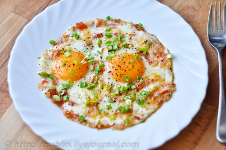 как приготовить вкусную яичницу с колбасой